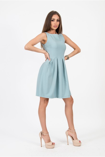 Мини рокля в резеда