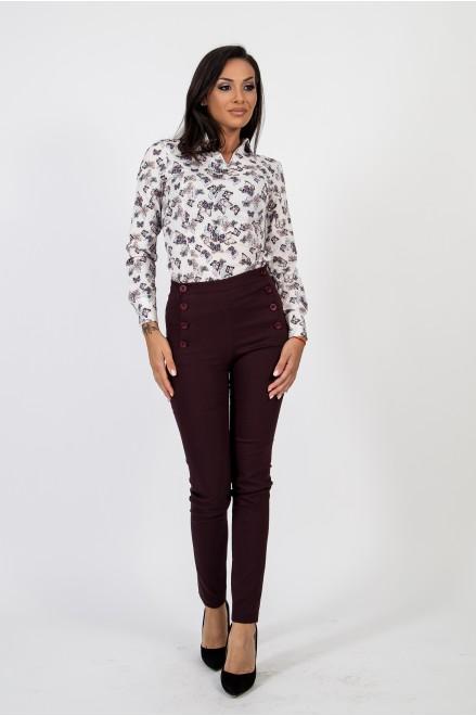 Втален тъмно лилав панталон с висока талия и копчета