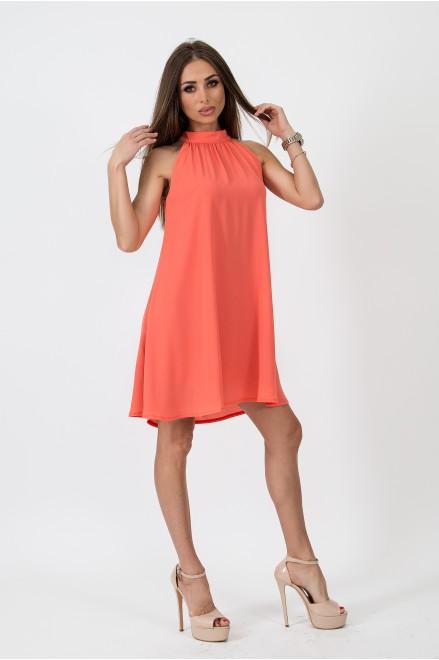 Коктейлна рокля в оранжев цвят