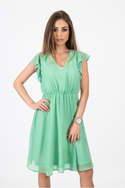 Шифонена рокля с релефни точки в резеда