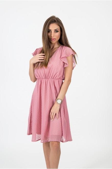 Шифонена рокля с релефни точки в цвят пудра