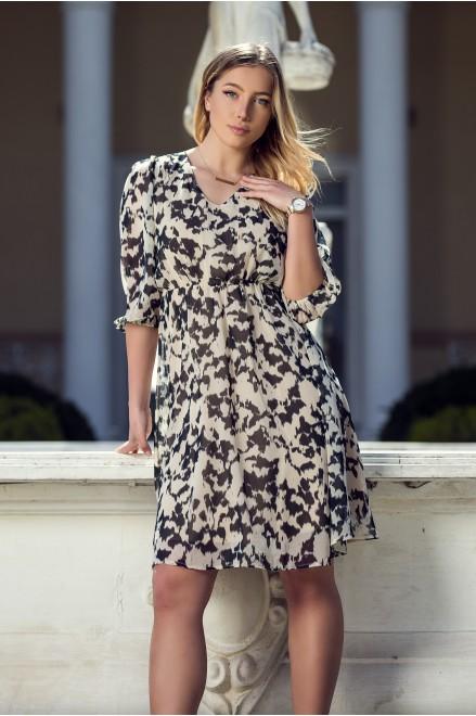 Шифонена рокля в ефектен принт