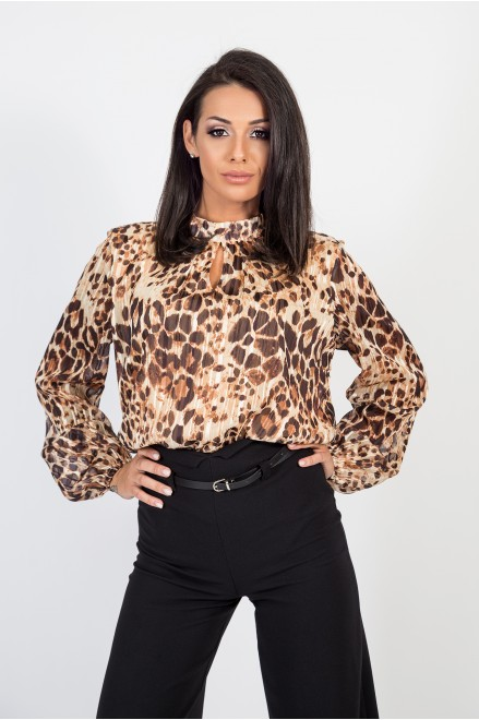 Шифонена риза в тигров принт